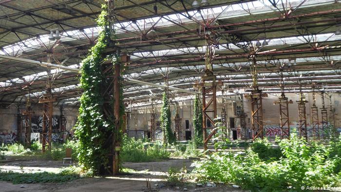 Світлина із книжки Східні місця фотографа Андреаса Меца - кабельний завод у Берліні