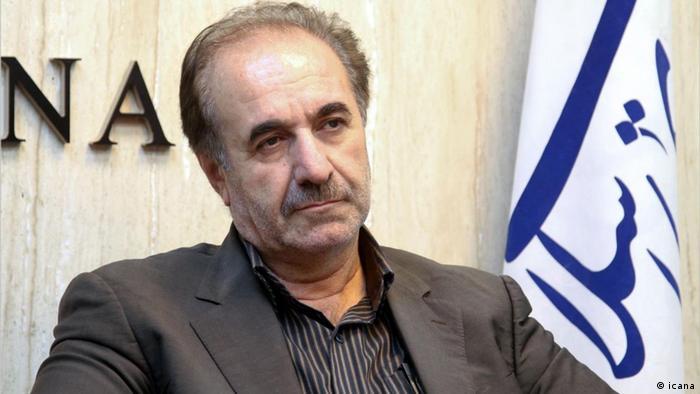 نماینده شیراز در مجلس گفت، اگر جمهوری اسلامی مشکلات سیاسی خود با جهان را حل نکند، مشکلات اقتصادی ایران نیز حل نخواهد شد