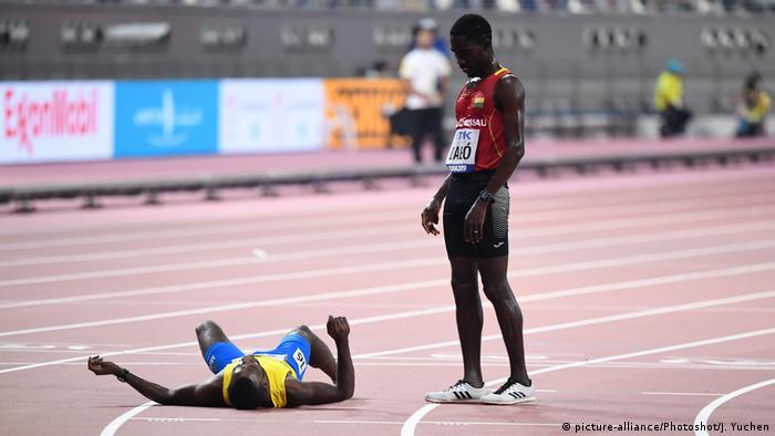 Katar | Leichtathletik Weltmeisterschaften in Doha 2019 - Braima Suncar Dabo und Jonathan Busby (picture-alliance/Photoshot/J. Yuchen)