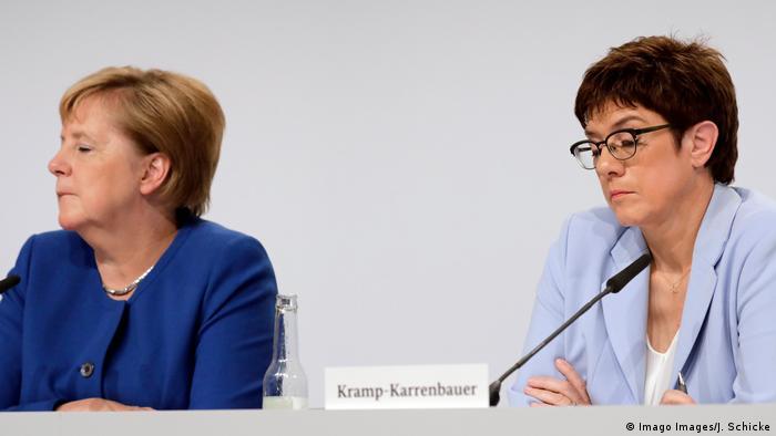 Merkel i Annegret Kramp-Karrenbauer