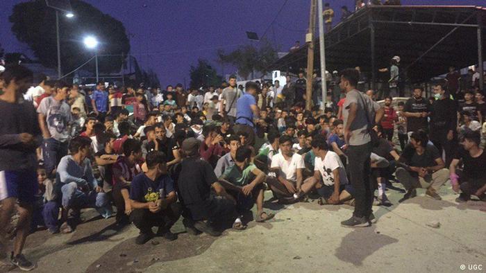 Refugiaţi pe insula elenă Lesbos