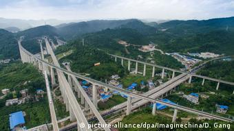 O ρόλος της Κίνας στην παγκόσμια οικονομία είναι πολύ σημαντικός - Εικόνα από νέες υποδομές για τον Νέο Δρόμο του Μεταξιού