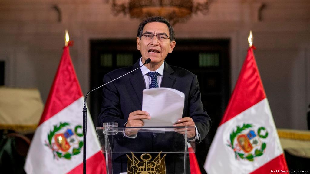Vizcarra disuelve el Congreso de Perú y convoca elecciones | Las noticias y  análisis más importantes en América Latina | DW | 30.09.2019