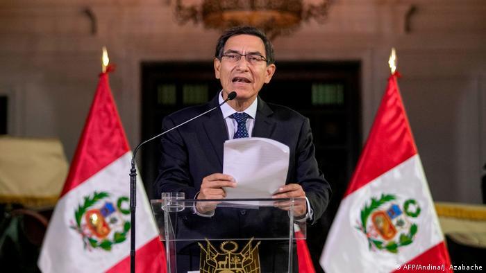Presidente Martín Vizcarra dissolve o Parlamento peruano em 30/09/2019
