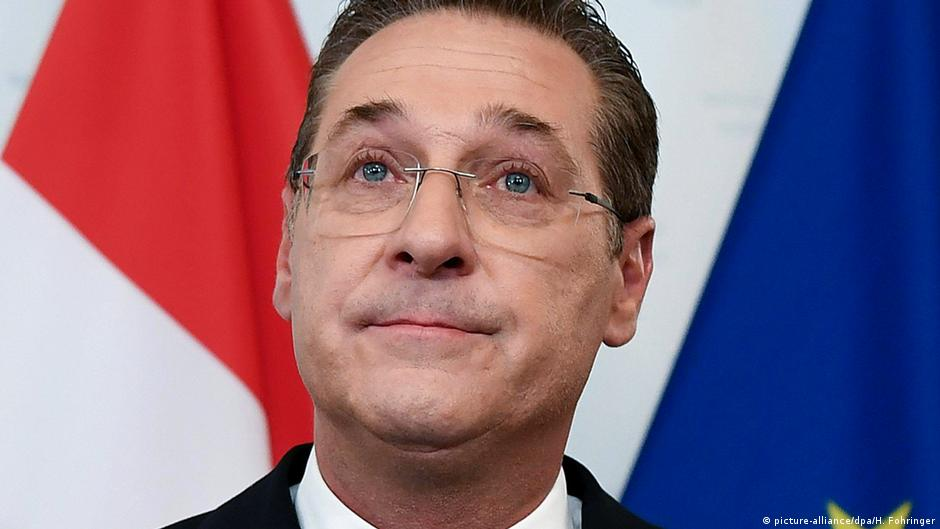 Ex-leader of Austria's far-right Freedom Party to withdraw from politics