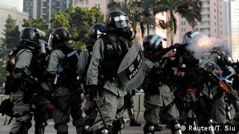 Hongkong 70 Jahre Volksrepublik China - Proteste (Reuters/T. Siu)