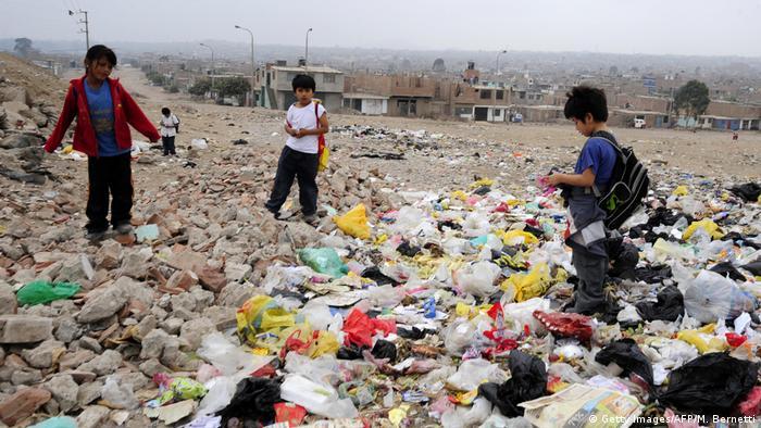 BG Müllhalden in Lateinamerika | Mülldeponie inVilla el Salvador, Peru