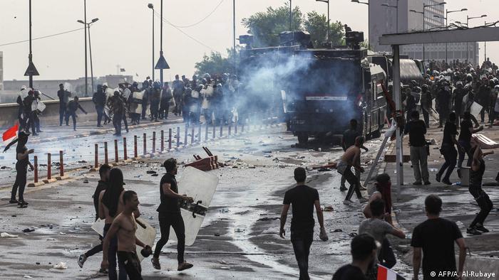 Irak Baghdad gewaltsame Proteste gegen Regierung (AFP/A. Al-Rubaye)