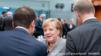 Berlin Merkel bei Flüchtlingsgipfel
