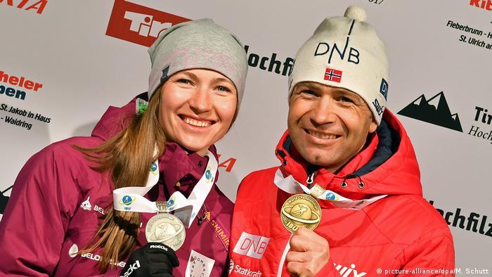 Darja Domratschewa und Ole Einar Björndalen (picture-alliance/dpa/M. Schutt)