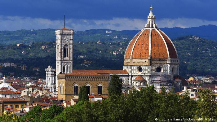 Blick vom Boboli-Garten auf die Kathedrale von Florenz mit Campanile di Giotto, view from Boboli Gardens to Florence Cathedral and Giotto's Campanile
