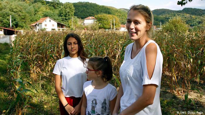 Aleksandra Radenković sa ćerkama