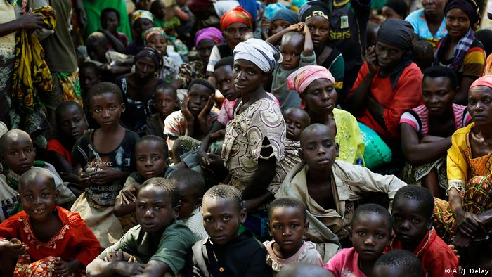 Refuguees from Burundi in Tanzania waiting on board a UN ship (AP/J. Delay)