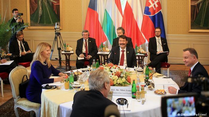 Spotkanie prezydentów Grupy Wyszehradzkiej na zamku Lany pod Pragą. Rok 2019