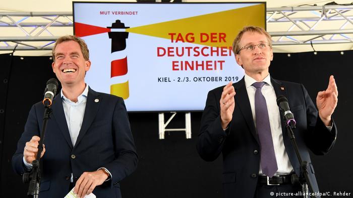 Kiel   Bürgerfest zum Tag der Deutschen Einheit: Daniel Günther und Ulf Kämpfer