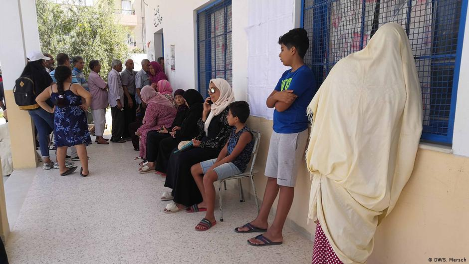 Tunisia election: A chance for political newcomers? | DW | 05.10.2019