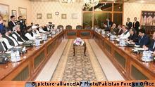 Pakistan Treffen des Außenministers mit den Taliban