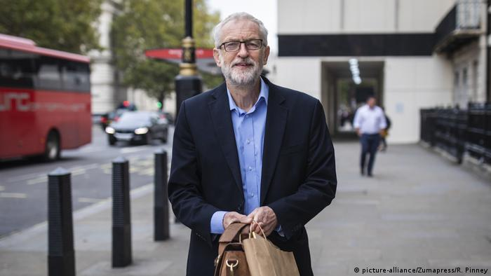 Großbritannien | Labour-Chef Corbyn lehnt Johnsons Brexit-Plan ab (picture-alliance/Zumapress/R. Pinney)