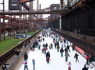 Industrijski park pretvoren u klizalište