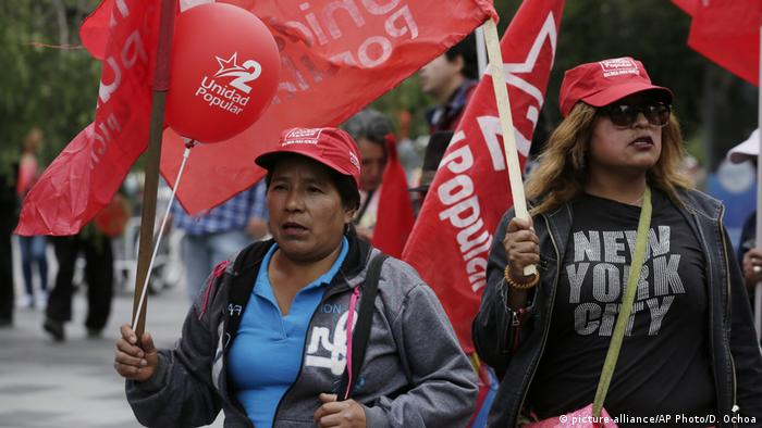 Ecuador Proteste in Quito (picture-alliance/AP Photo/D. Ochoa)