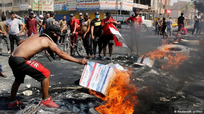 Irak Anti-Regierungsproteste | Ausschreitungen & Gewalt in Bagdad (Reuters/W. al-Okili)