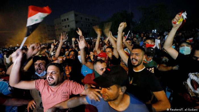 Irak Anti-Regierungsproteste | Ausschreitungen & Gewalt in Bagdad (Reuters/T. al-Sudani)