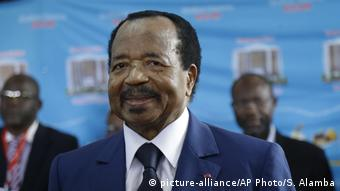 Les initiateurs du projet attendent beaucoup du président Paul Biya (picture-alliance/AP Photo/S. Alamba)