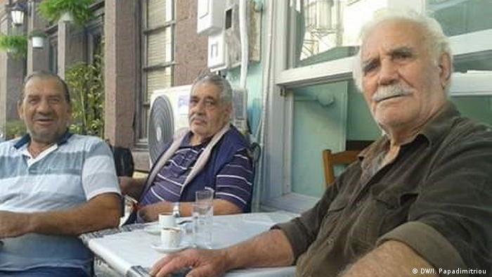 Dimitrios Kasiotis s prijateljima