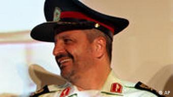 اسماعیل احمدی مقدم، فرماندهی نیروی انتظامی