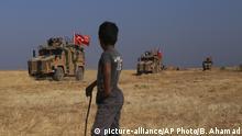 Türkisches Militär an türkisch-syrischer Grenze