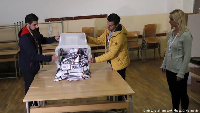 Kosovo Parlamentswahl 2019 Stimmzettel Auszählung