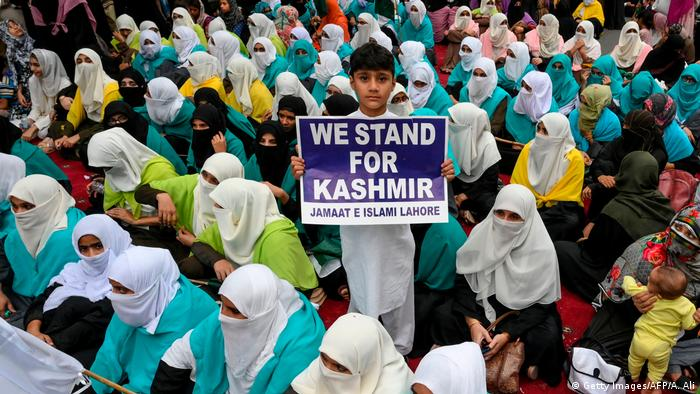 Proteste in Kashmir (Getty Images/AFP/A. Ali)