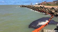 Brasilien Ölklumpen am Strand von Atalaia, Aracaju