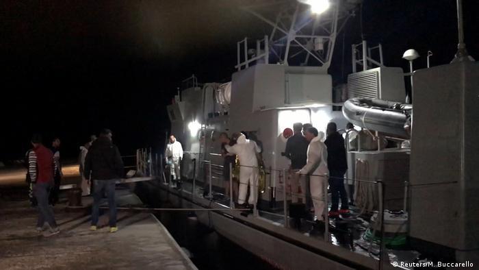 Під час операції з порятунку мігрантів поблизу Лампедузи, 7 жовтня 2019 року