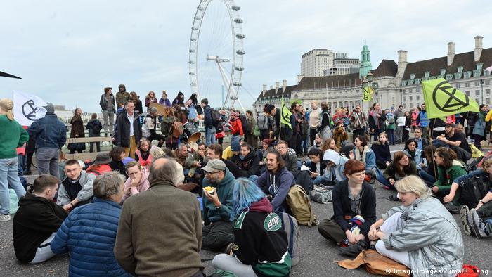 Manifestantes do Extinction Rebellion em Londres