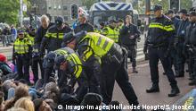 Niederlande Extinction Rebellion Protest in Amsterdam