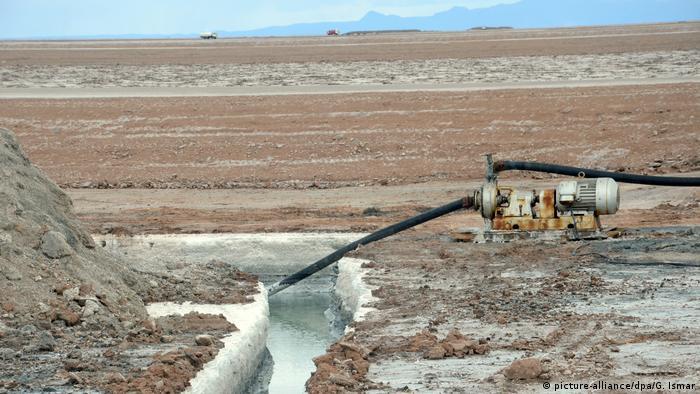 Explotación de litio en Bolivia.