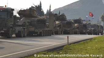 Τουρκικό στρατιωτικό κονβόι στη βόρεια Συρία