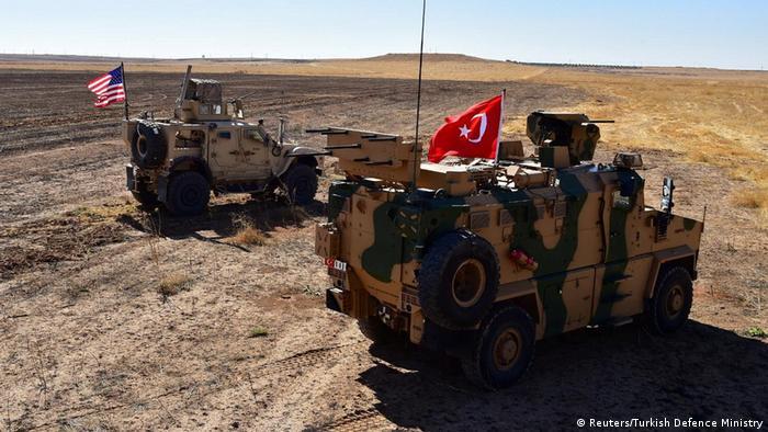 خودروهای نظامی ترکیه و آمریکا در منطقه نزدیک به مرز سوریه