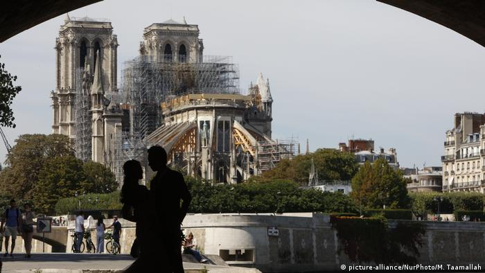 Notre Dame Cathedral Fire Could Ease France S Shortage Of Artisans