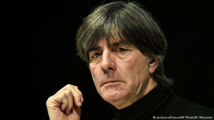 Deutschland Fußball-Nationalmannschaft | Joachim Löw, Nationaltrainer (picture-alliance/AP Photo/M. Meissner)