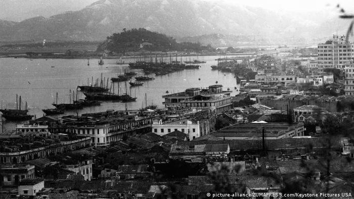 Macau | Hafen von Macao (1962) (picture-alliance/ZUMAPRESS.com/Keystone Pictures USA)