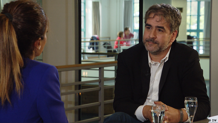 Interview mit Journalist Deniz Yücel (DW)