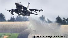 Deutschland 2010 | US-Kampflugzeug vom Typ F-16 Falcon