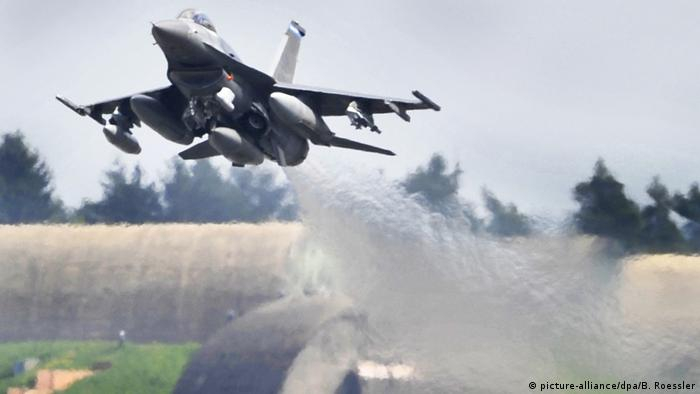 A US F-16 fighter jet taking off from the Spangdahlem air base.