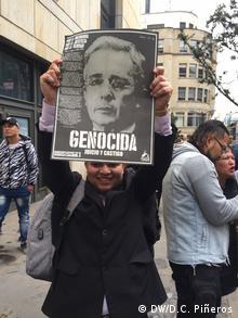 Kolumbien Bogotá   Protest vor Justizpalast   Vernehmung Álvaro Uribe, ehemaliger Präsident