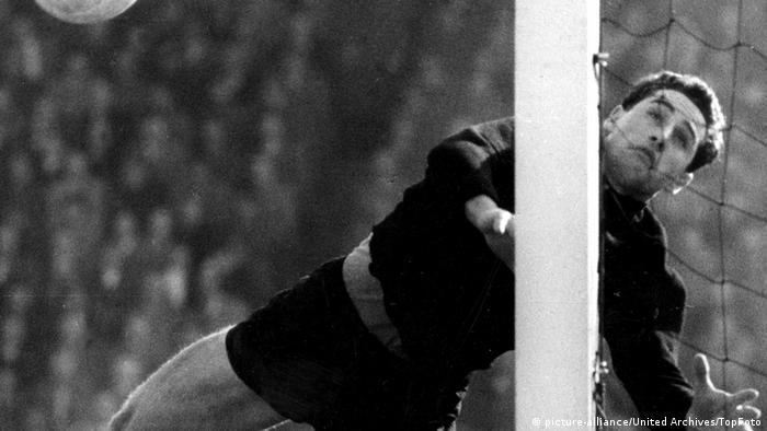 Hans Tilkowski (picture-alliance/United Archives/TopFoto)