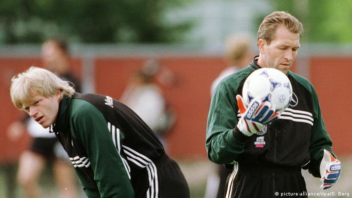 Training Nationalmannschaft Köpke Kahn (picture-alliance/dpa/O. Berg)