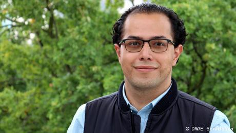 Mexiko braucht kompetente Journalisten und Kommunikationsprofis, die durch ihre Arbeit nachhaltige Entwicklung, Rechtsstaatlichkeit und internationale Zusammenarbeit fördern können. Als Wirtschaftsjournalist nehme ich am IMS-Programm teil, um meine journalistischen Fähigkeiten zu verbessern, best-practices für Journalisten zu erlernen, sowie wichtige Geschichten zu erzählen. International Media Studies Masterstudiengang - 11. Jahrgang 2019-2021 | Luis Pesce (DW/E. Senftleben)