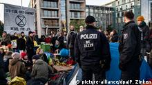 Berlin Extinction Rebellion Blockade Marschall-Brücke